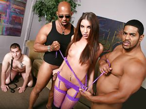 Giselle Leon Interracial Threesome – Cuckold Sessions
