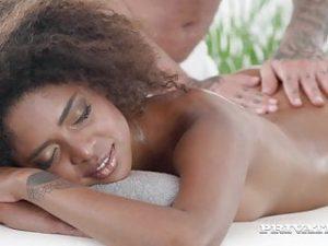 Private.com – Hot Brazilian Luna Corazon Fucks & Squirts!